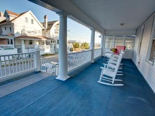 3rd House From Beach/Ocean Views From Every Window, Atlantic City