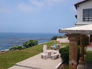 5 Bedroom 10 beds, 6 baths, Golf, pool, Ocean view, Ensenada