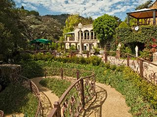 The Houdini Estate Hollywood Hills Mansion, West Hollywood