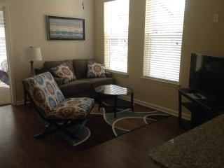 Beautiful 1BR in Jordan Creek Area! 3109, West Des Moines