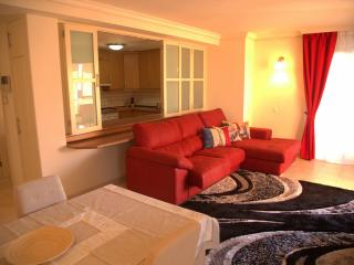 Modern apartment with 2 bedrooms, Los Gigantes
