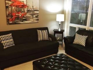 Beautiful 2 Bed 2 Bath Furnished Condo, Kelowna