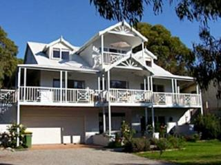 Silver Waters Bed & Breakfast -  Sunset Suite, Cowes