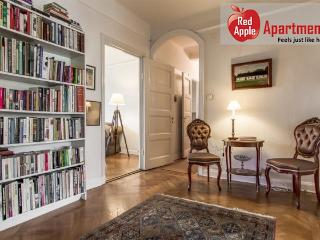 Beautiful old style apartment in Stockholm - 1381