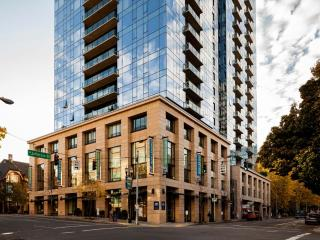 Stay Alfred High Rise Living on Director Park LT2, Portland