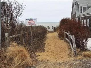 28 Cross St - STEPS TO BEACH - ID# 722, Brewster