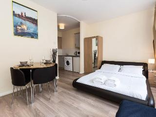 ★CENTRAL LONDON AMAZING APARTMENT - VERY CENTRAL!★, London