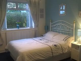 Glasgow Airport - King Size Room & Double Room, Paisley