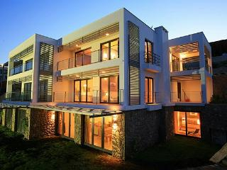 Gumbet on the plage ultra luxury house 3+1, Bodrum City
