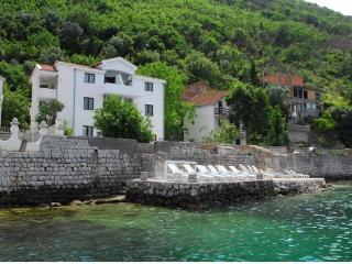 Apartments Raceta - Studio with Balcony and Sea View (4 Adults) 6, Kotor