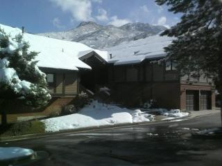 Canyon Racquet Club 4 bedroom/loft Condo Sleeps 12, Cottonwood Heights