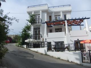 1+1 APART FLAT WITH SWIMMING POOL, Bodrum City