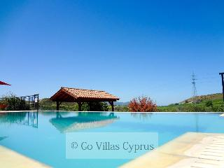 Secluded 4BR villa, private pool, mountain views, Polis
