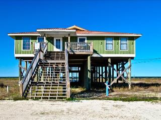 Large, Bayfront home with private, sandy beach, newly remodeled in 2013, Dauphin Island