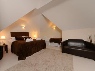 Beautiful penthouse close to town centre, Bournemouth