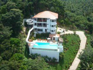 6 Bedroom Villa with 78 meter Waterslide, Mae Nam