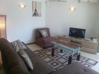 Perfect location  350m away from beach and restos., Flic En Flac