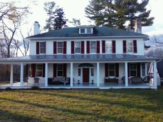 Farmhouse located in Shenandoah Valley on 36 acres, Winchester