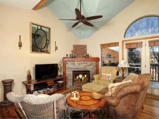 Jan/Feb Promos! Beautiful Townhome on Path at Lake Dillon! CENTRAL TO ALL SKI RESORTS!!, Frisco