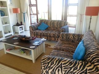 Stylish # 8 Whale Rock Gardens Holiday Apartment, Plettenberg Bay