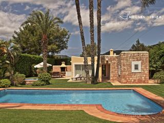 KM 5.5  great location very private 4 bdms pool, Sant Josep de Sa Talaia