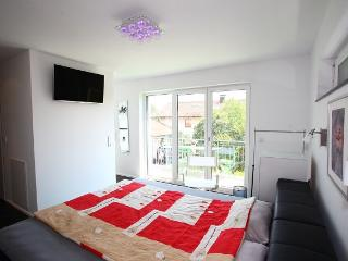 Vacation Apartment in Bodolz - 1432 sqft, 2 bedrooms, max. 4 People (# 9028)