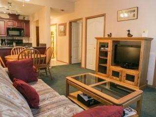 Executive 1 Bedroom Condo with courtyard and pool side access, unit #106, Whistler