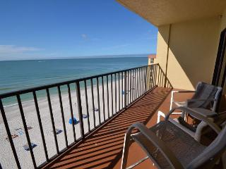 Las Brisas 504 - Top Floor Gulf Front- New Kitchen with Granite Counters!, Madeira Beach
