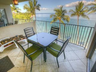 Spectacular 6th Floor Ocean Front Condo with Amazing View!, Kihei