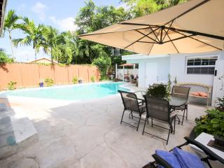 BRAND NEW 1BDRM/1BA APT & POOL WITH ALL AMENITIES, Fort Lauderdale