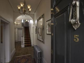 NUMBER 5 BED AND BREAKFAST, Shaftesbury