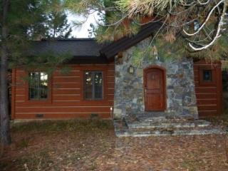 Discovery Cottage 19, Donnelly