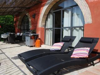 Bright and stylish apartment with a view, Vilafranca del Penedes