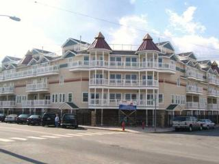 Ocean View 4 Bedroom Town Home, Seaside Heights