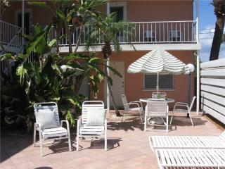 Cocoa Palms 204, 1 Bedroom, Cable TV, DVD, WiFi, Sleeps 4, Venice