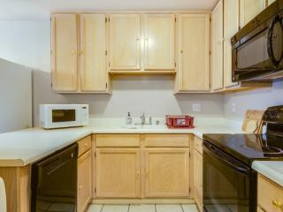 2 BD 2 BR Furnished! Balcony, Gated Entrance, Near Costco!, Redwood City
