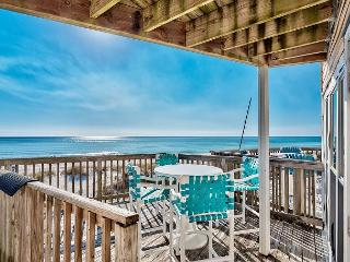 BEACHFRONT TOWNHOUSE FOR 6! OPEN 4/2-9! CALL BEFORE IT'S GONE!, Panama City Beach