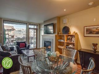 900 Square Foot Luxury Suite by Sage Vacation Rentals, Chelan