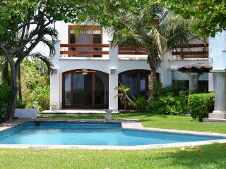 Luxury Ocean Front Residence - Semi private beach, Cancun