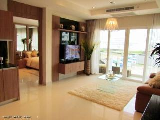 Amazing apartment w/pool & sea view, Jomtien Beach