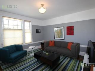 MODERN AND FURNISHED 2 BEDROOM APARTMENT, San Francisco