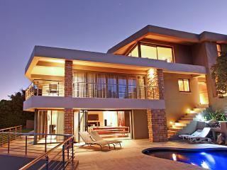 Beautiful Home on top of a Mountain, Hout Bay