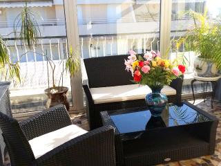 Private elevator, patio, sea view, Juan-les-Pins
