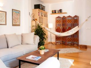 Cozy & Chic, feel at home in Madrid!