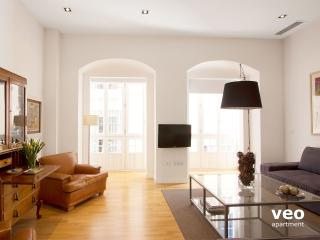Teodosio 3. Superior 3 bedroom for 8., Seville