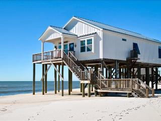 Key West-style 3 Bedroom Beach Cottage on Dauphin Island's Gulf of Mexico Beach