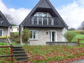 VALLEY LODGE No.1 on-site swimming pool, pet friendly, countryside views in Gunnislake Ref 929083