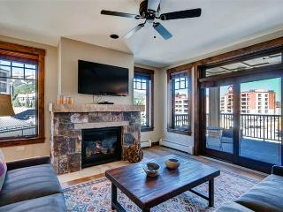 Perfectly Priced Breckenridge 4 Bedroom Walk to lift - WF311