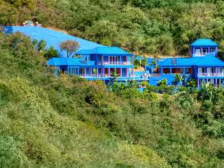 Superb 6 bedroom with impeccable design, St. Thomas