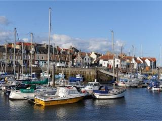 Beautiful shorefront 3 bedroom  apartment, Anstruther